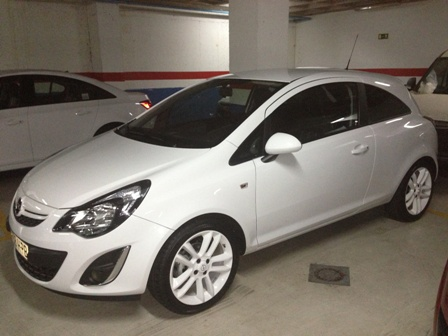 Opel  Corsa - 1.4 100 CV All white edition 3P Manual Gasolina