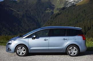 Peugeot  5008 - 1600115 CVStyle hdi 115 5PManual Diesel