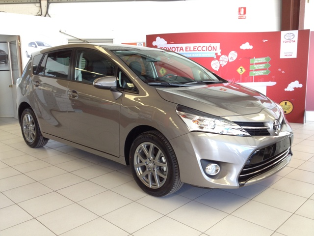 Toyota  Verso - 1.6 115 CV Advance con techo 7 plazas 5P Manual Diesel