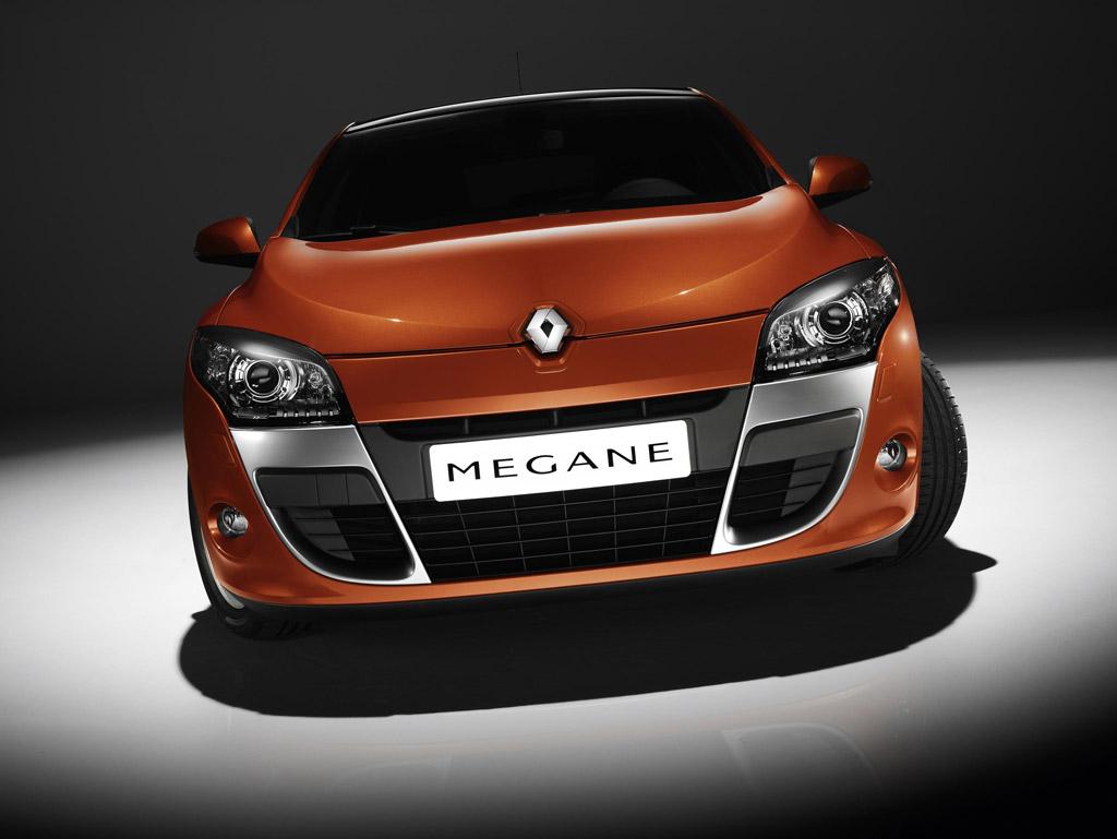 Похожие фото Renault Megane.