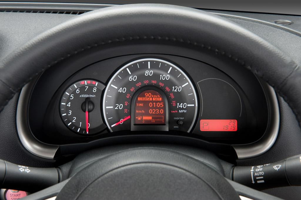 Nissan Micra Nissan Micra. Panel de instrumentos.