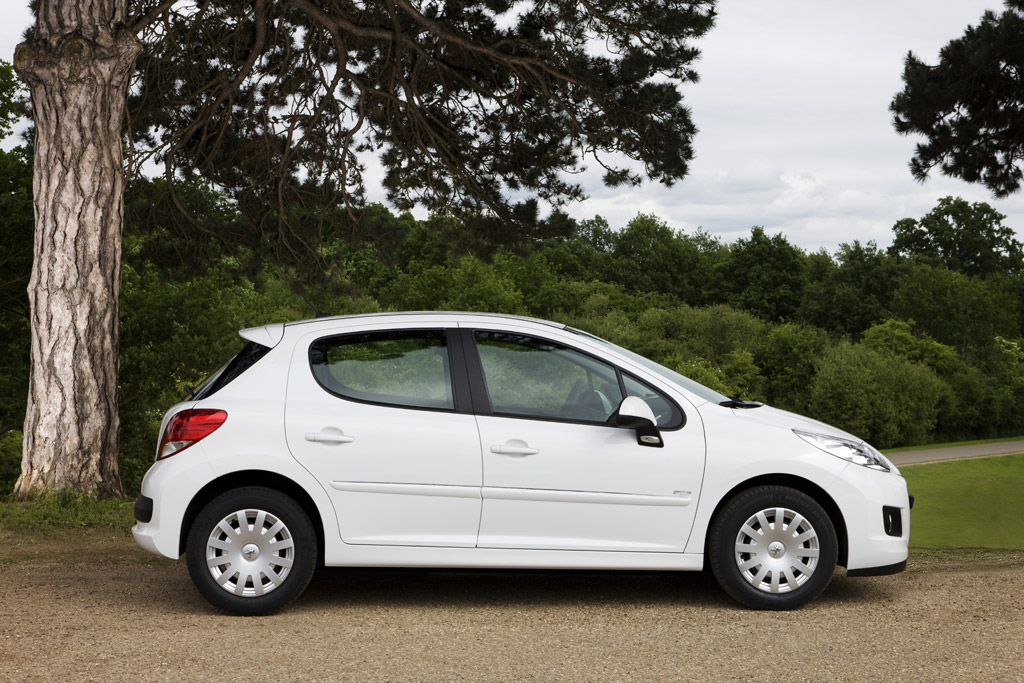 Peugeot 207 + 1.4 HDI FAP 68 Cv 5P